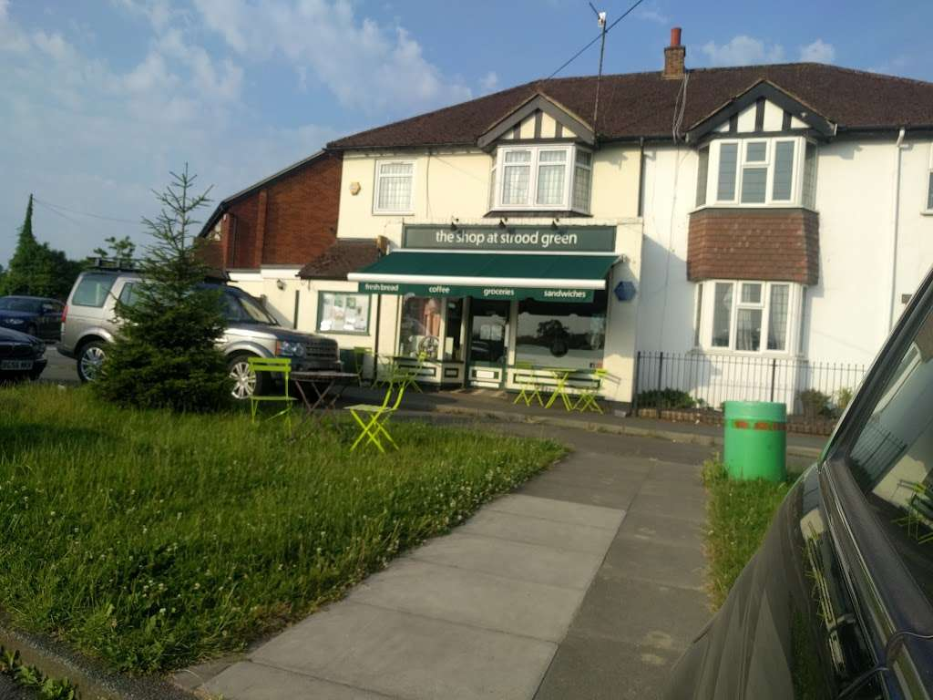 The Shop at Strood Green - convenience store  | Photo 6 of 10 | Address: 1 Tynedale Rd, Brockham, Betchworth RH3 7JD, UK | Phone: 01737 843965