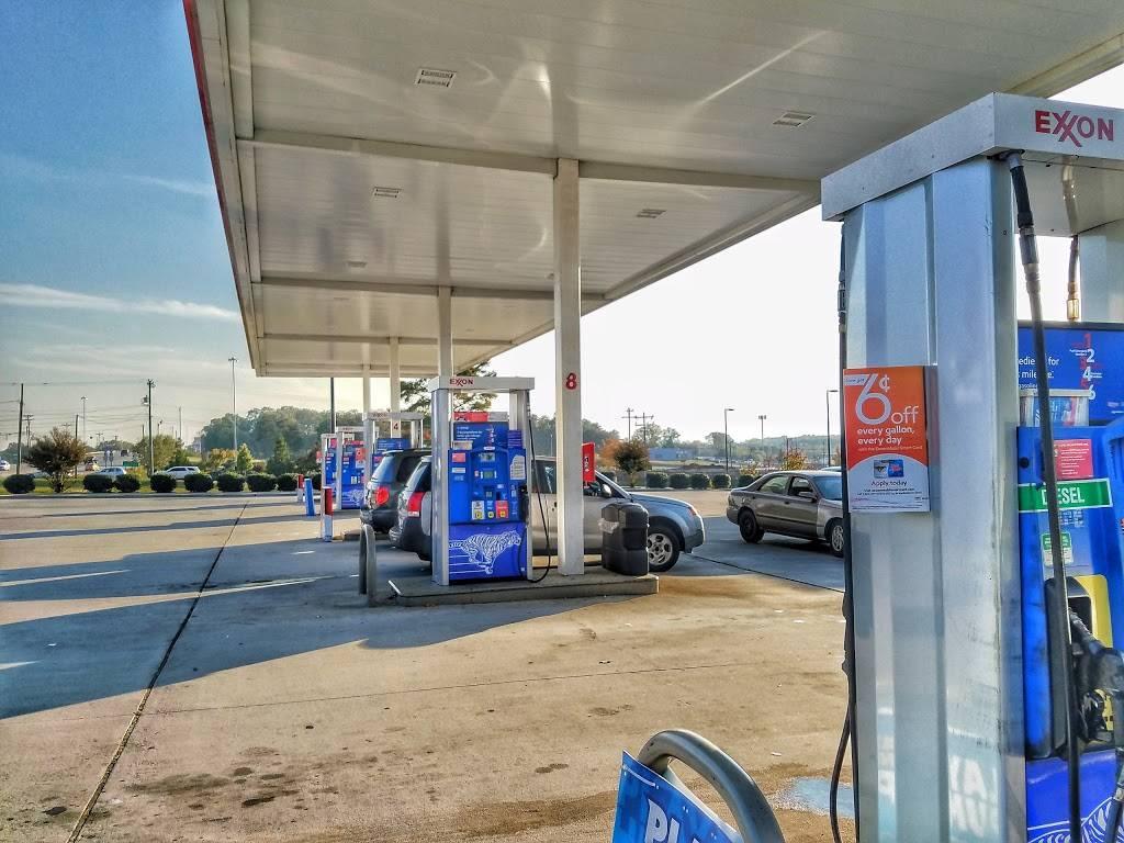 SANDY RIDGE FOOD MART - gas station  | Photo 2 of 9 | Address: 3205 Sandy Ridge Rd, Colfax, NC 27235, USA | Phone: (336) 681-4726
