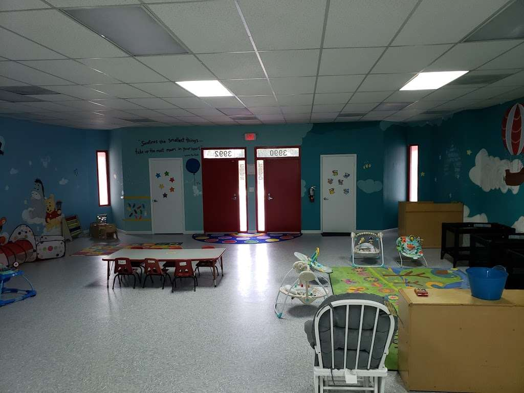 LITTLE STARZ ACADEMY - school  | Photo 9 of 10 | Address: 3896 NW 167th St, Opa-locka, FL 33054, USA | Phone: (305) 625-3599