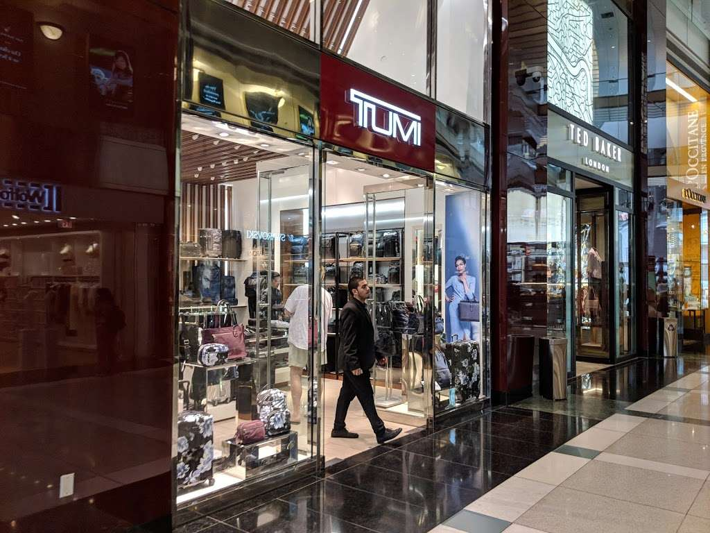 TUMI Store - store | Address: 10 Columbus Cir #108, New York, NY 10019, USA | Phone: (212) 823-9390