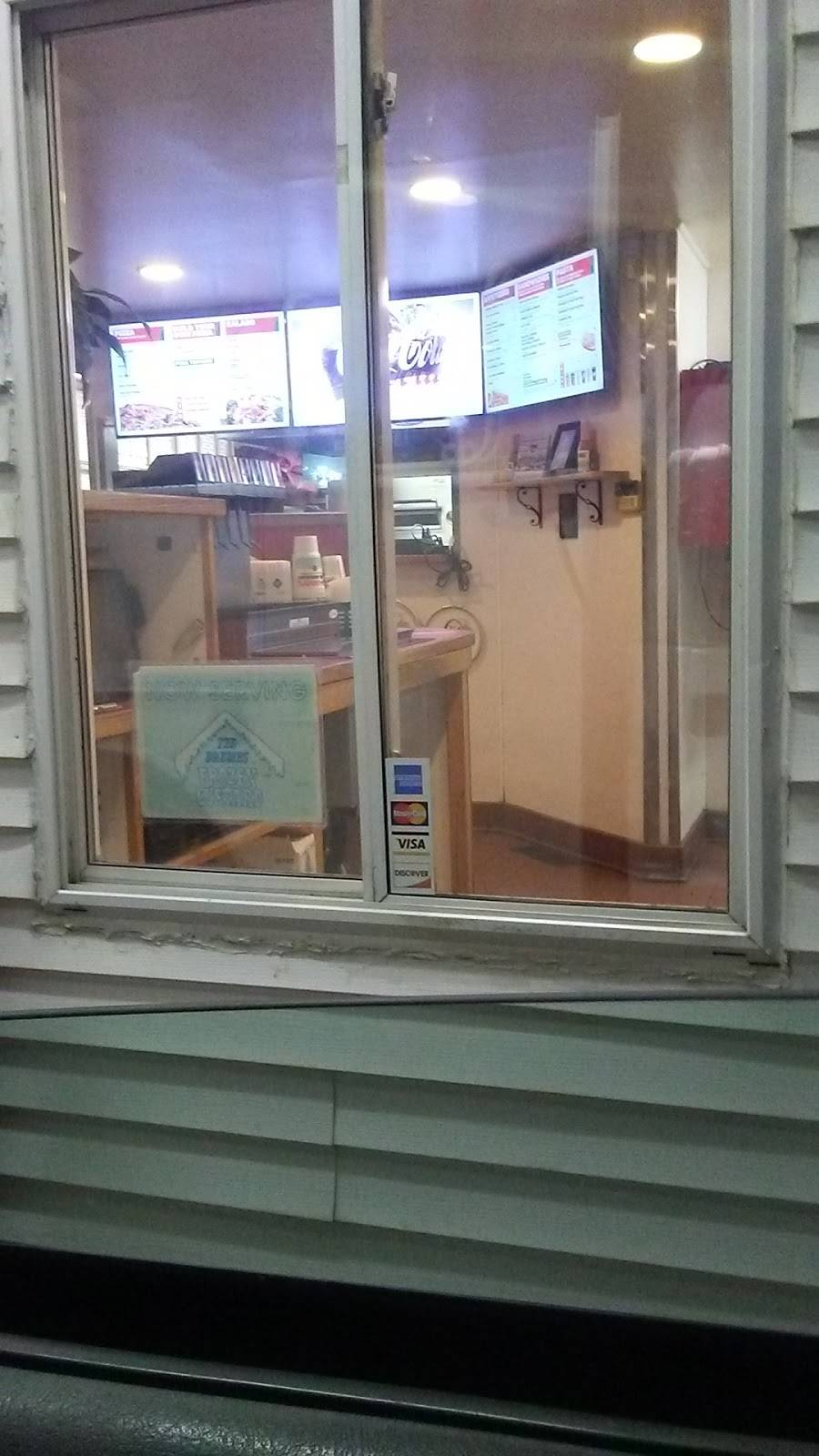 Imos Pizza - meal delivery  | Photo 8 of 8 | Address: 133 Fiedler Ln, Fenton, MO 63026, USA | Phone: (636) 349-3399