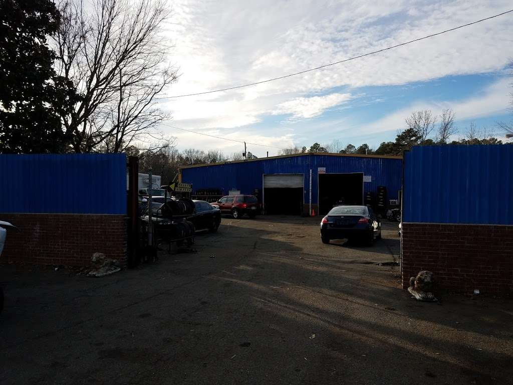 Mecias Auto Service & Body Shop - car repair  | Photo 1 of 8 | Address: 7603 Old Statesville Rd, Charlotte, NC 28269, USA | Phone: (704) 597-1740