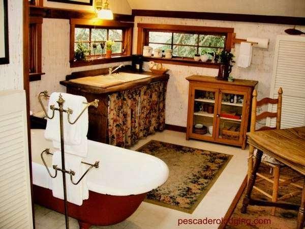 Pescadero Creekside Barn - lodging  | Photo 2 of 2 | Address: 248 Stage Rd, Pescadero, CA 94060, USA | Phone: (650) 879-0868