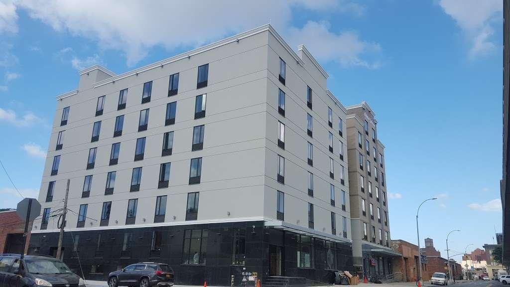 Pride Management LLC Hotel - lodging  | Photo 3 of 10 | Address: 139-1 Archer Ave, Jamaica, NY 11435, USA