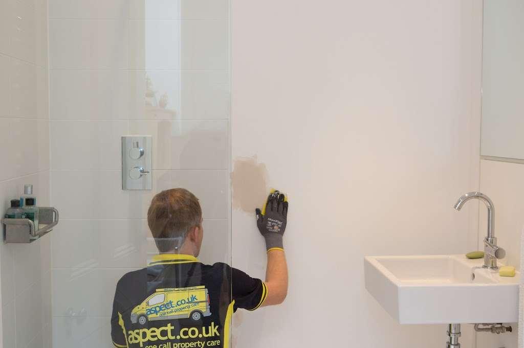 Aspect - plumber    Photo 10 of 10   Address: E7, Barwell Business Park, Leatherhead Rd, Chessington KT9 2NY, UK   Phone: 020 3797 3570