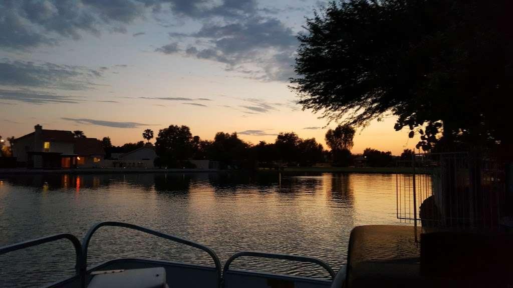 Kimberly Park - park  | Photo 8 of 10 | Address: 3325 N W Garden Lakes Pkwy, Avondale, AZ 85392, USA | Phone: (480) 921-7500