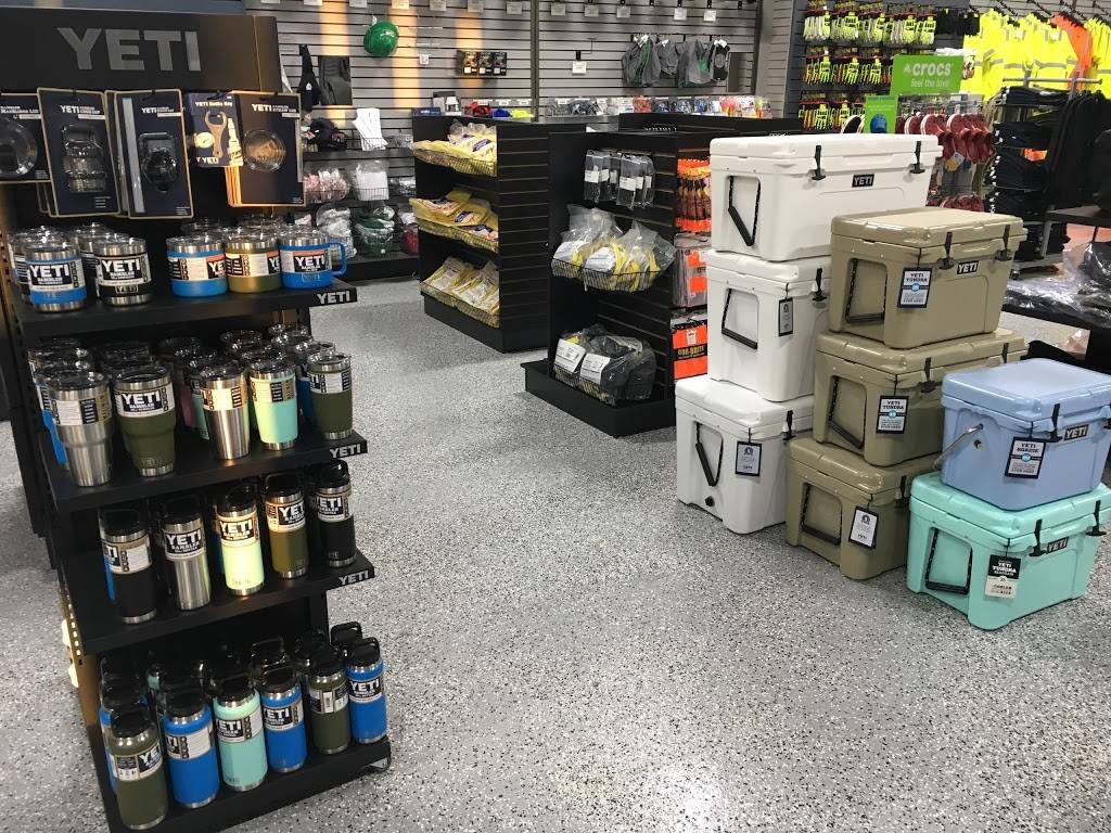 Wayne Workwear - shoe store  | Photo 7 of 8 | Address: 4115 W Reno Ave, Oklahoma City, OK 73107, USA | Phone: (405) 795-5088