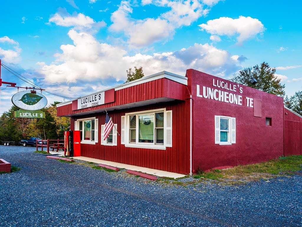 Lucilles Country Cooking - restaurant  | Photo 3 of 10 | Address: 1496 Main St, Barnegat, NJ 08005, USA | Phone: (609) 698-4474