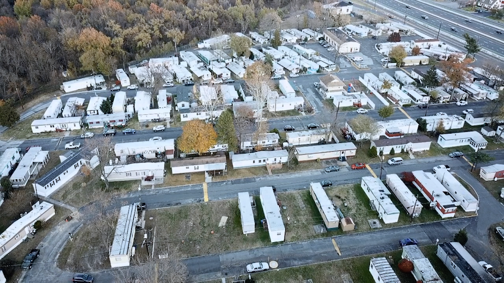 Willow Woods Mobile Home Park - rv park  | Photo 5 of 10 | Address: 1762 Crown Point Rd, Woodbury, NJ 08096, USA | Phone: (856) 845-7114