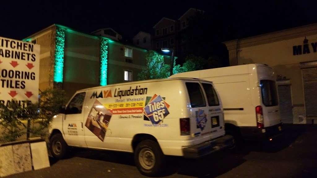 MAYA Liquidation - home goods store  | Photo 2 of 3 | Address: 746 Tonnelle Ave, Jersey City, NJ 07307, USA | Phone: (201) 238-7102