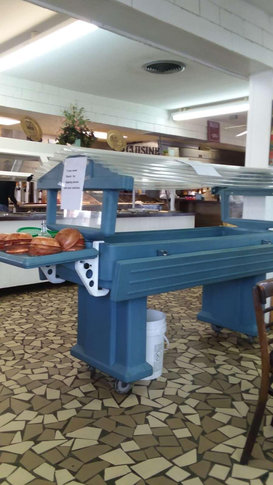 Christines Wagon Wheel - restaurant  | Photo 10 of 10 | Address: 204 W Main St, Marshville, NC 28103, USA | Phone: (704) 624-2057