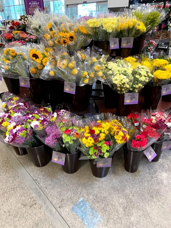 Safeway - store  | Photo 5 of 9 | Address: 94-809 Lumiaina St, Waipahu, HI 96797, USA | Phone: (808) 664-7725