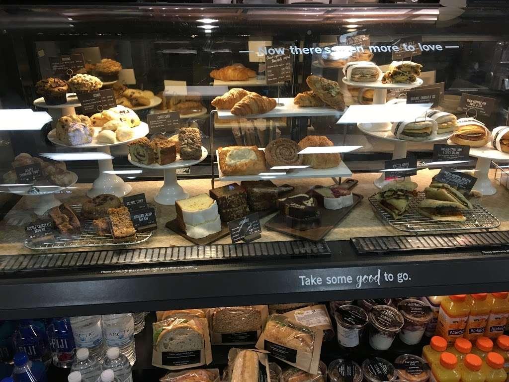 Starbucks - cafe  | Photo 2 of 10 | Address: NJ Tpke, Ridgefield, NJ 07657, USA | Phone: (201) 943-1171