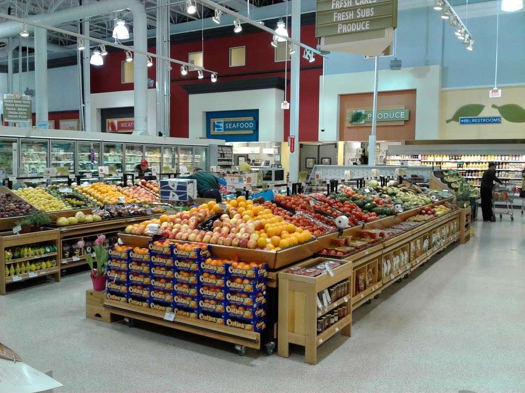 Publix Super Market at Veranda Shoppes - supermarket  | Photo 1 of 10 | Address: 550 N Pine Island Rd, Plantation, FL 33324, USA | Phone: (954) 475-5285
