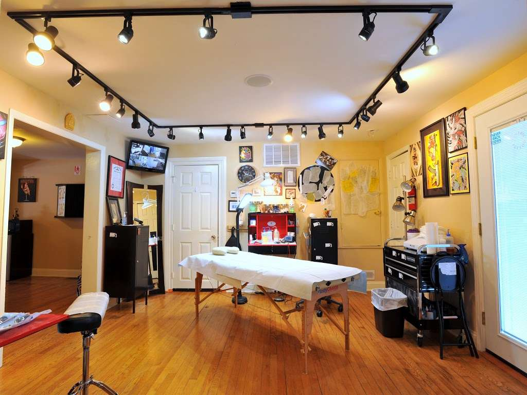 Tantric Tattoo Boutique - store    Photo 4 of 10   Address: 837 Olney Sandy Spring Rd, Sandy Spring, MD 20860, USA   Phone: (240) 342-2728