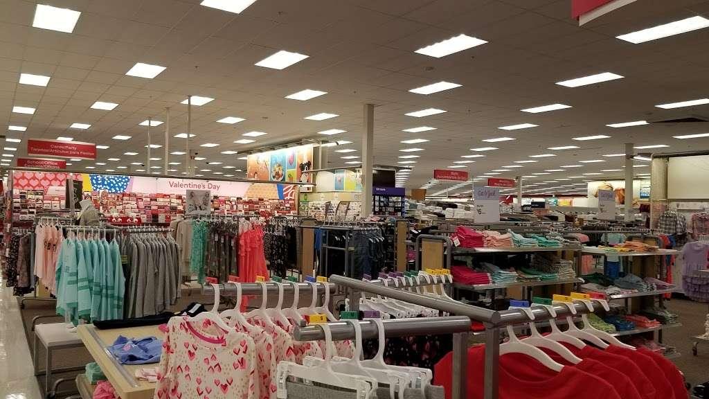 Red Road Plaza - shopping mall  | Photo 4 of 10 | Address: Opa-locka, FL 33055, USA