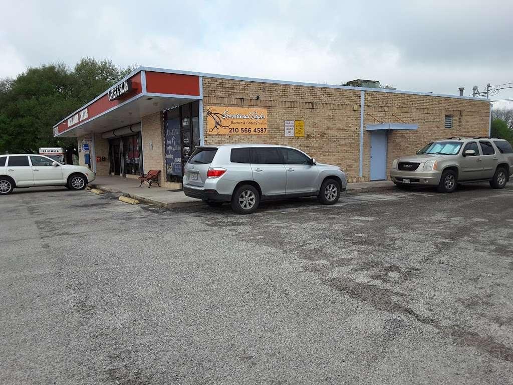 Highlander Center - laundry  | Photo 3 of 9 | Address: 405 Main St #403, Schertz, TX 78154, USA | Phone: (210) 659-7608