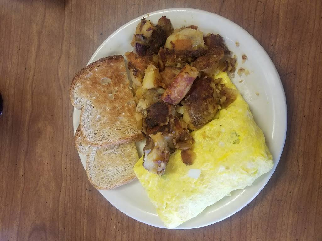 Cooks Cafe - cafe  | Photo 5 of 9 | Address: 1300 N 66th St, Lincoln, NE 68505, USA | Phone: (402) 466-1771