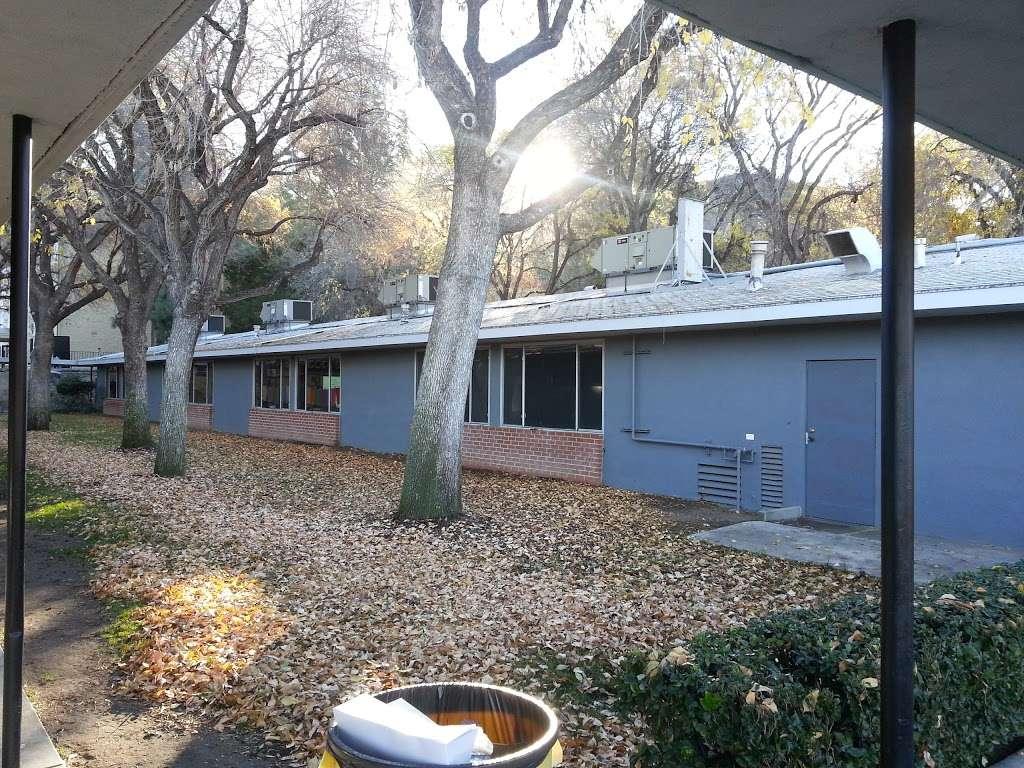 Village Christian School - school  | Photo 6 of 10 | Address: 8930 Village Ave, Sun Valley, CA 91352, USA | Phone: (818) 767-8382