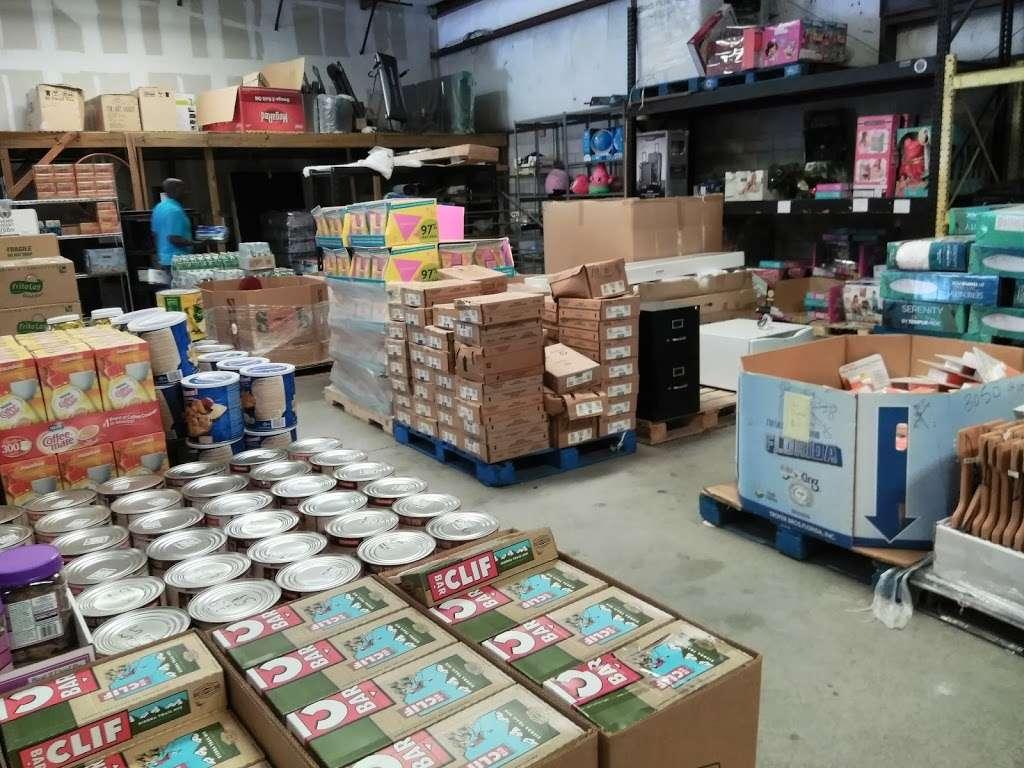 HD Wholesale - furniture store  | Photo 2 of 10 | Address: 3036 Kananwood Ct #1016, Oviedo, FL 32765, USA | Phone: (407) 716-0725