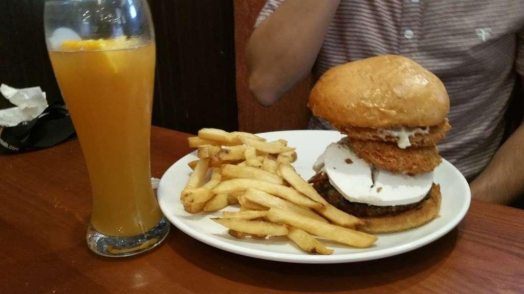 Dooneys Pub Delran - restaurant  | Photo 9 of 10 | Address: 1361 Fairview Blvd, Delran, NJ 08075, USA | Phone: (856) 461-9100
