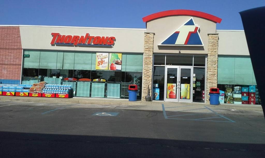 Thorntons - convenience store  | Photo 3 of 7 | Address: 3909 US-31E, Clarksville, IN 47129, USA | Phone: (812) 283-7881