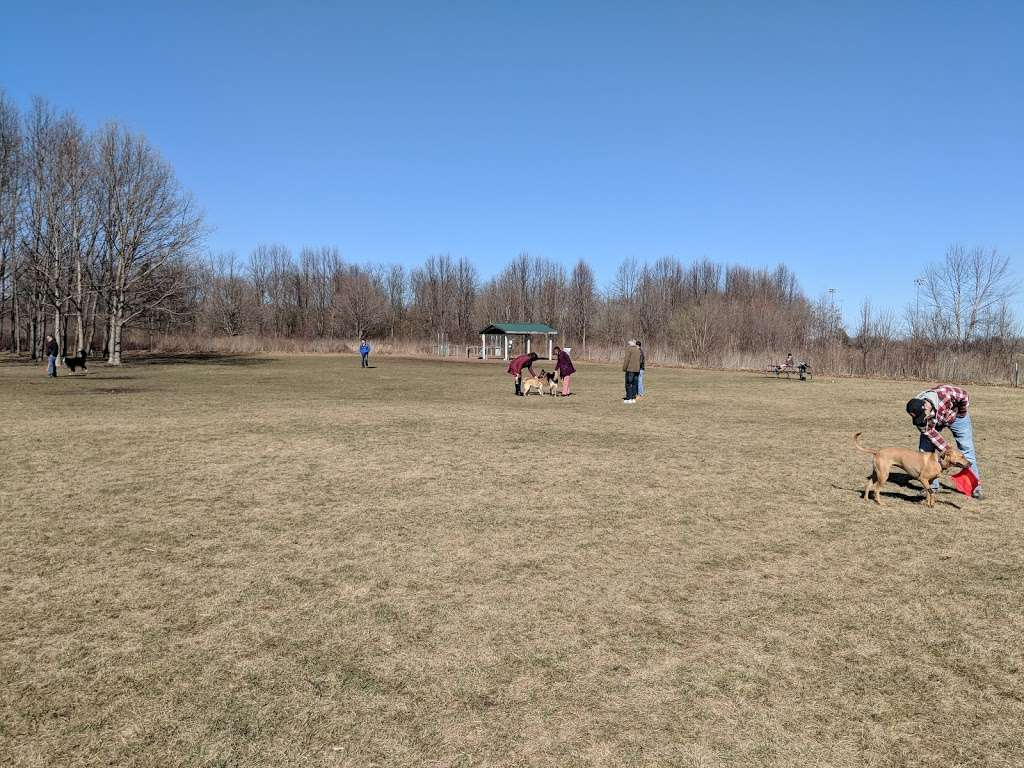 West Main Community And Bark Park - park  | Photo 4 of 10 | Address: 40W101 Main St, Batavia, IL 60510, USA | Phone: (630) 879-5235