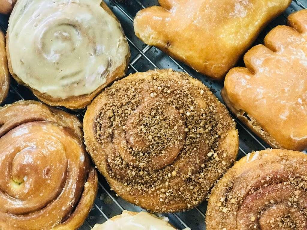 Pams Donuts - bakery  | Photo 1 of 10 | Address: 10255 Mission Boulevard C, Riverside, CA 92509, USA | Phone: (951) 360-1322