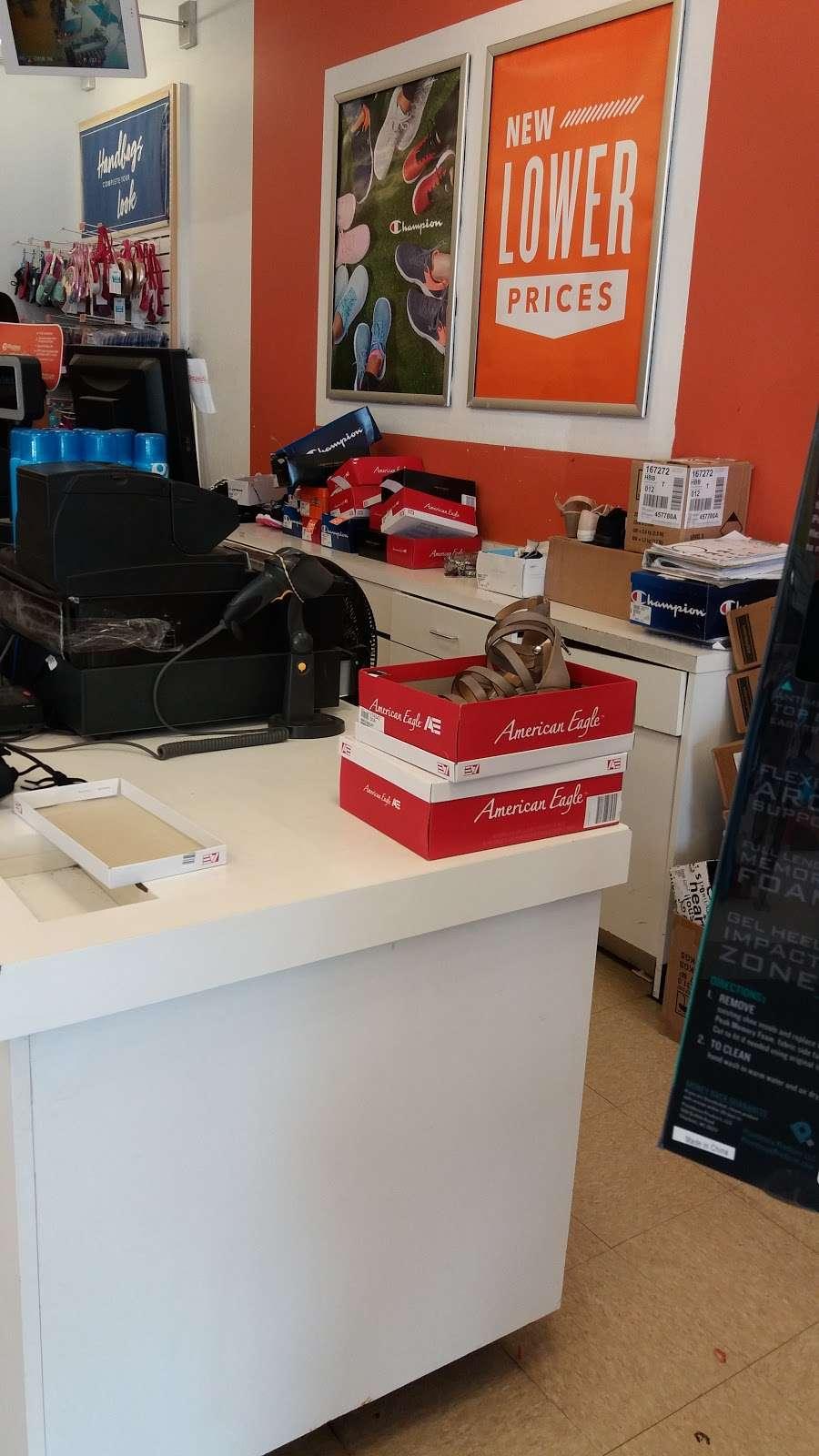 Payless ShoeSource - shoe store  | Photo 4 of 5 | Address: 2260 Bartow Ave, Bronx, NY 10475, USA | Phone: (718) 379-5894