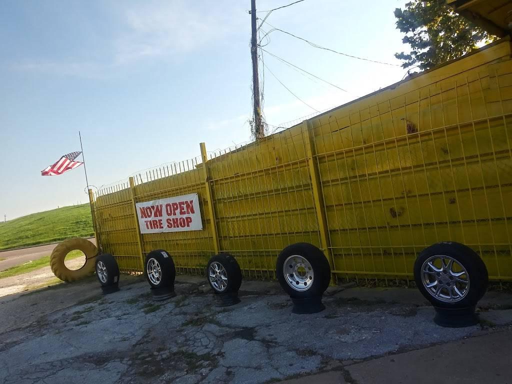JMD Tire Shop - car repair  | Photo 6 of 6 | Address: 1501 Broadway St, Houston, TX 77012, USA | Phone: (832) 446-8016