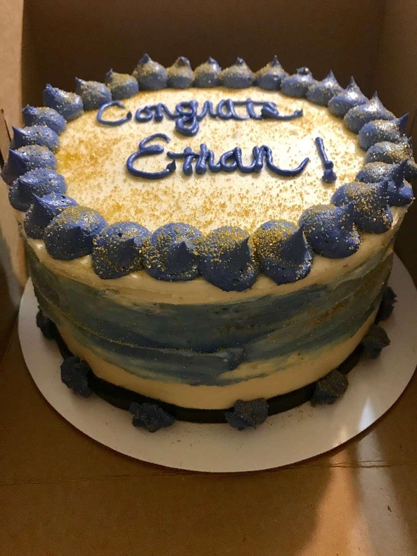 Cakewalk Cakes, LLC - bakery    Photo 7 of 10   Address: 12 Garden Dr, Litchfield, NH 03052, USA   Phone: (323) 854-3777