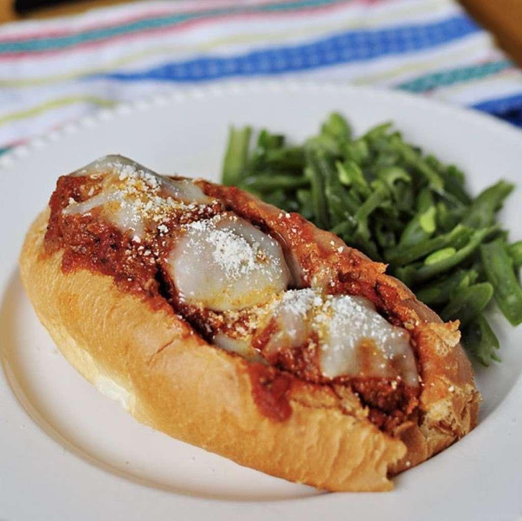 Francos Market Deli & Pizzeria - meal delivery  | Photo 6 of 10 | Address: 1346 NJ-77, Bridgeton, NJ 08302, USA | Phone: (856) 451-2920