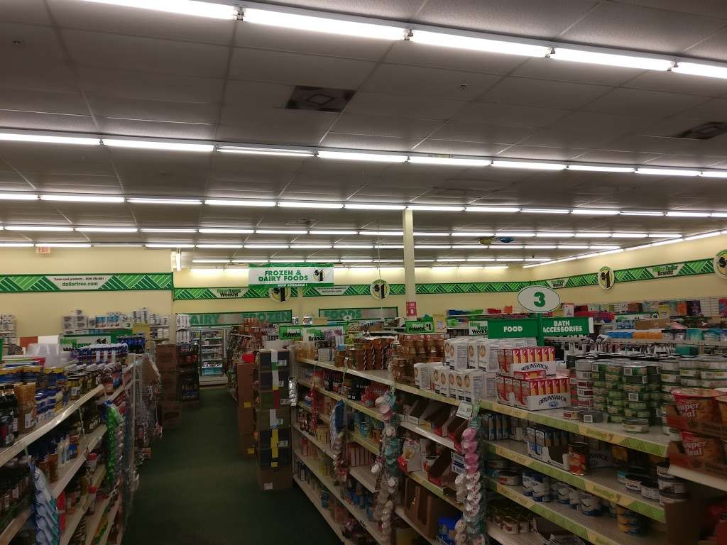 Dollar Tree - furniture store  | Photo 8 of 10 | Address: 7201 Shoppes Dr, Melbourne, FL 32940, USA | Phone: (321) 615-9218