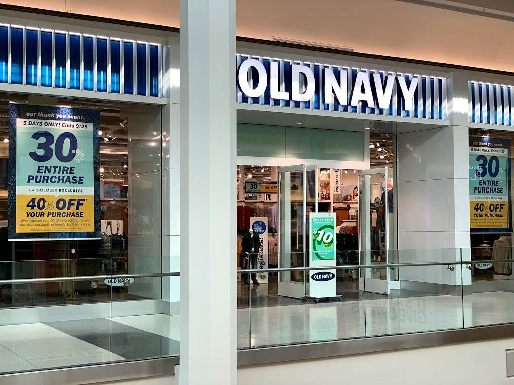 Old Navy - with Curbside Pickup - clothing store  | Photo 6 of 10 | Address: 301 S Hills Village Space 2240A, Pittsburgh, PA 15241, USA | Phone: (412) 833-6571