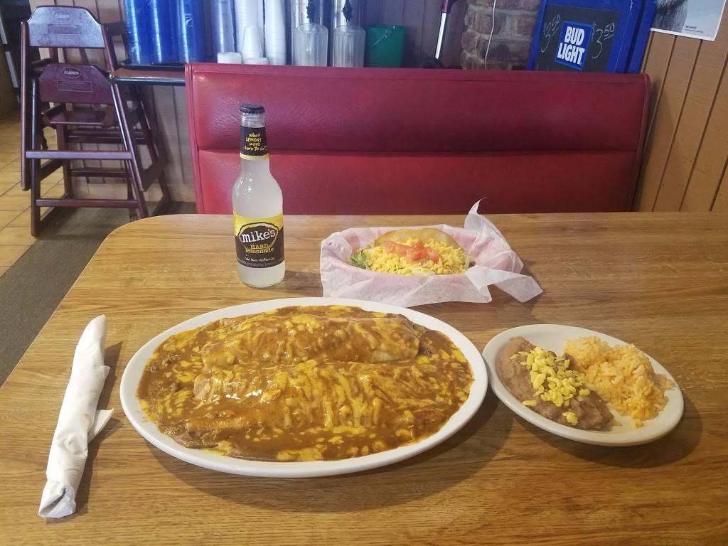 Jonesys taco house - restaurant  | Photo 3 of 10 | Address: 1116 E Locust St, Carter Lake, IA 51510, USA | Phone: (712) 847-0244