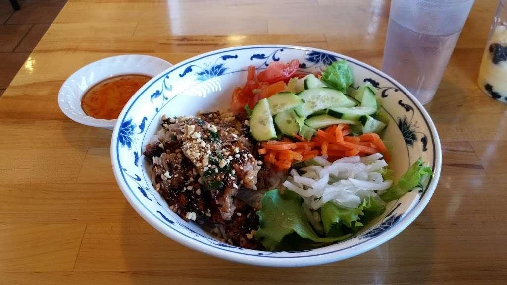 Saigon Panda - restaurant  | Photo 2 of 10 | Address: 3105 80th St, Kenosha, WI 53142, USA | Phone: (262) 697-0880