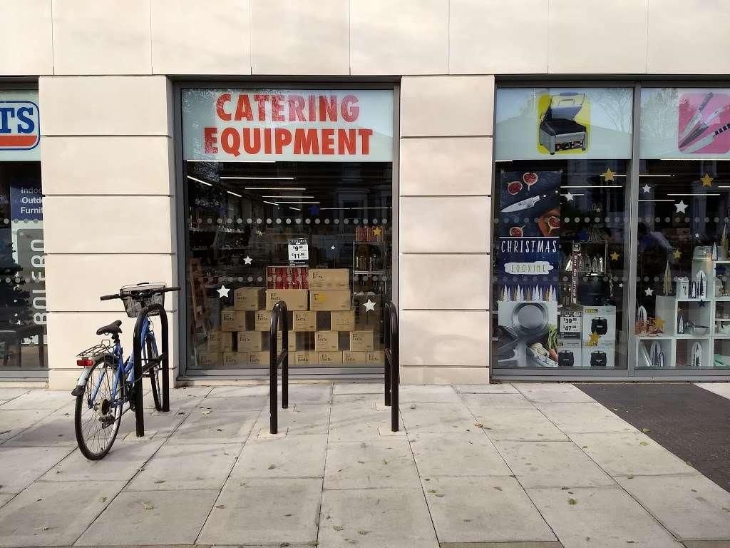 Nisbets Catering Equipment Shepherds Bush Store - furniture store  | Photo 6 of 10 | Address: 180 Goldhawk Rd, Shepherds Bush, London W12 8HJ, UK | Phone: 020 7118 0622