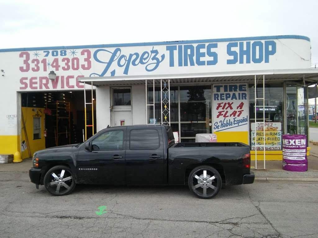 Lopez Tire Shop - car repair  | Photo 5 of 10 | Address: 15303 S Halsted St, Harvey, IL 60426, USA | Phone: (708) 331-4303