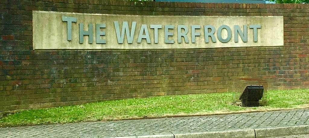 Dr Mark Furman Paediatric Gastroenterologist - hospital  | Photo 9 of 10 | Address: ELSTREE WATERFRONT - Elstree Outpatient Centre, beaufort house, The Waterfront, Elstree Rd, Elstree, Borehamwood WD6 3BS, UK | Phone: 07788 444046