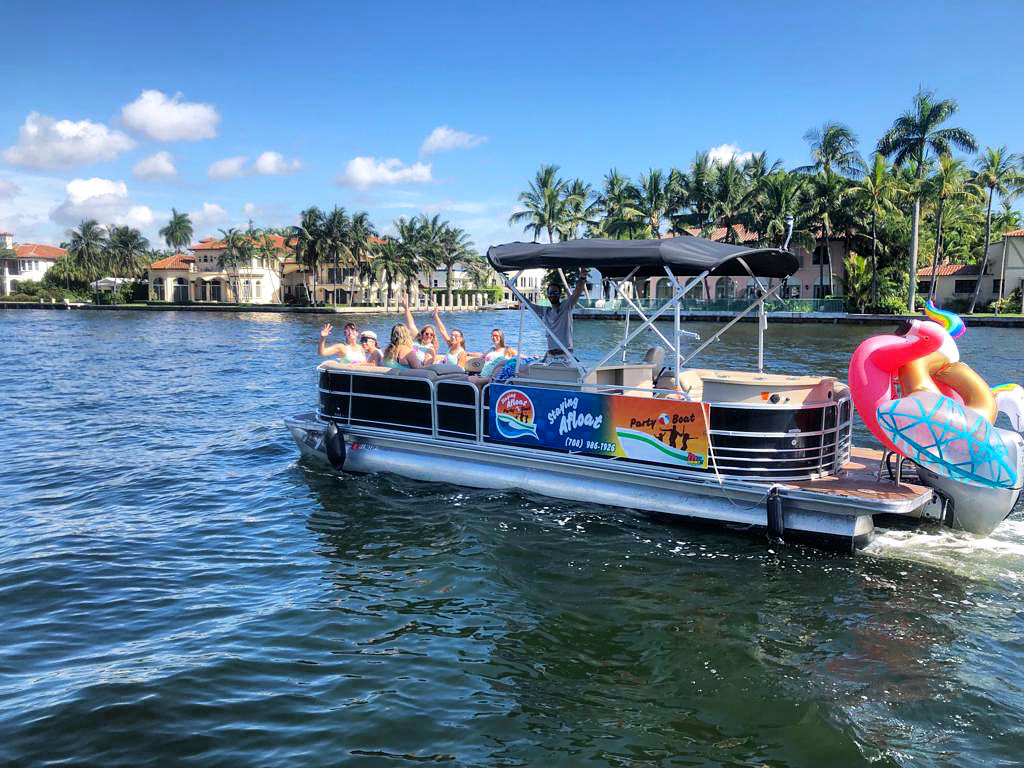 Staying Afloat Party Boat - travel agency  | Photo 2 of 10 | Address: 2305 N Willow Ave, Tampa, FL 33607, USA | Phone: (708) 986-1926