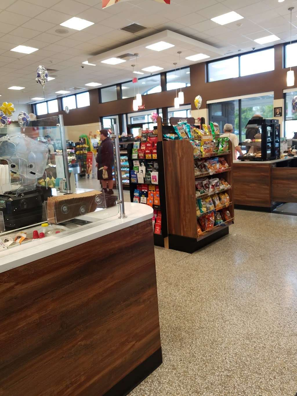 Wawa - convenience store  | Photo 3 of 10 | Address: 601 E Street Rd, Feasterville-Trevose, PA 19053, USA | Phone: (215) 355-4370