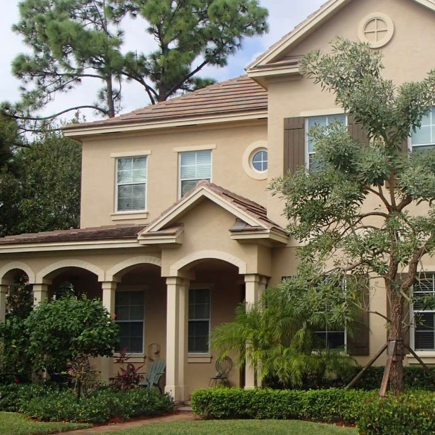Jupiter Real Estate - Distinct Estates - real estate agency  | Photo 2 of 3 | Address: 103 Lagrange Way, Jupiter, FL 33458, USA | Phone: (561) 427-7272