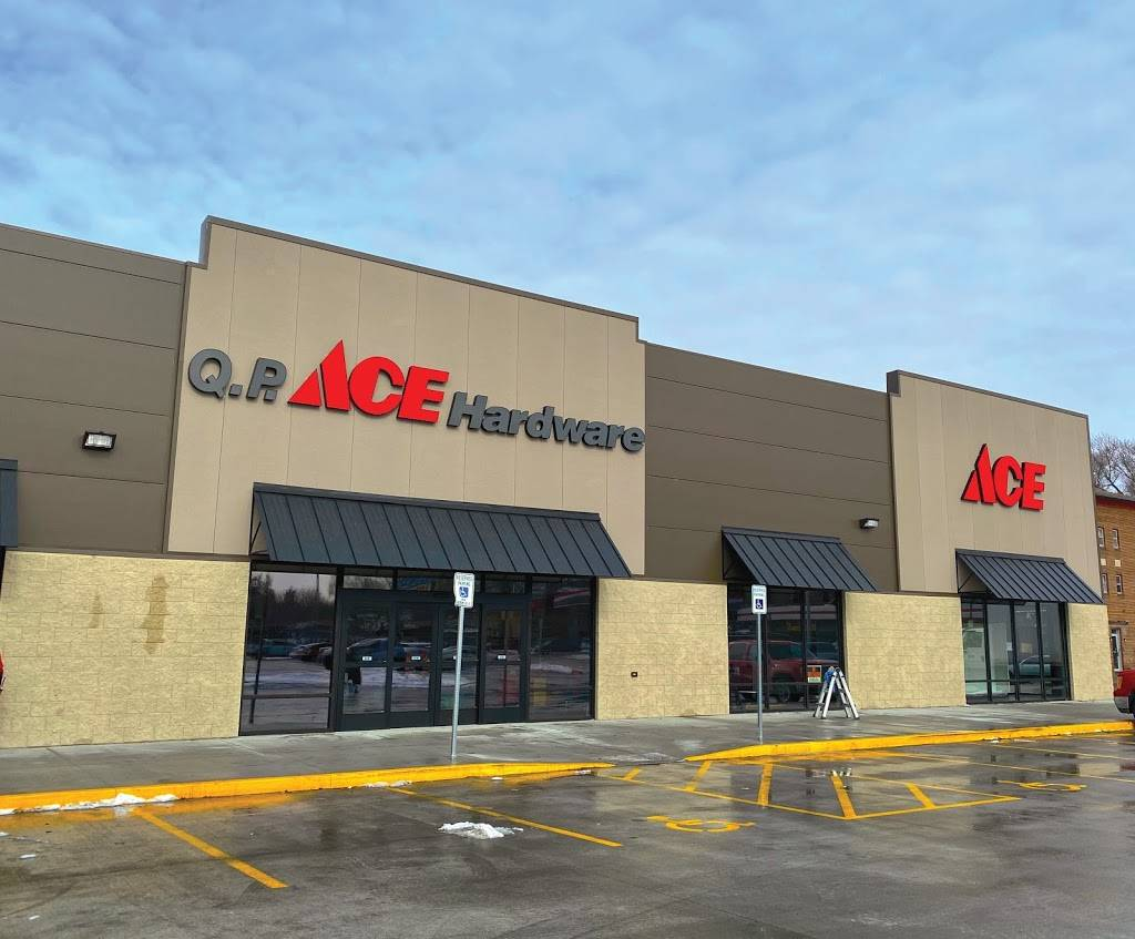 QP Ace Hardware - hardware store  | Photo 1 of 10 | Address: 901 S 27th St, Lincoln, NE 68510, USA | Phone: (402) 438-5517