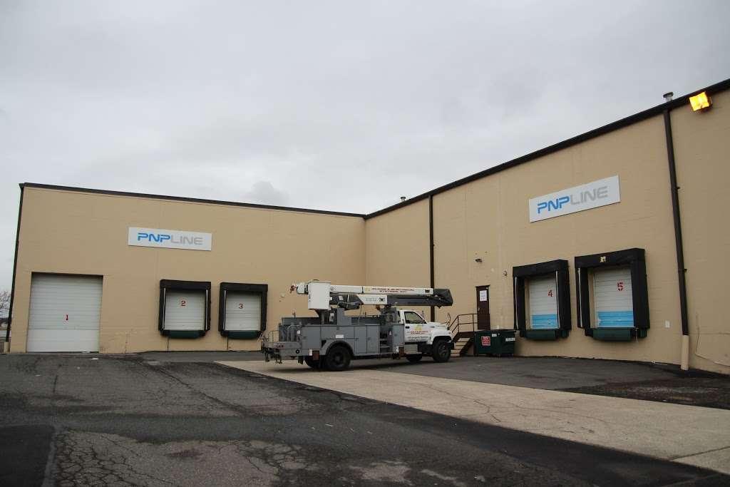 PNPLINE - storage  | Photo 6 of 10 | Address: 5801 West Side Ave #2, North Bergen, NJ 07047, USA | Phone: (201) 254-8810