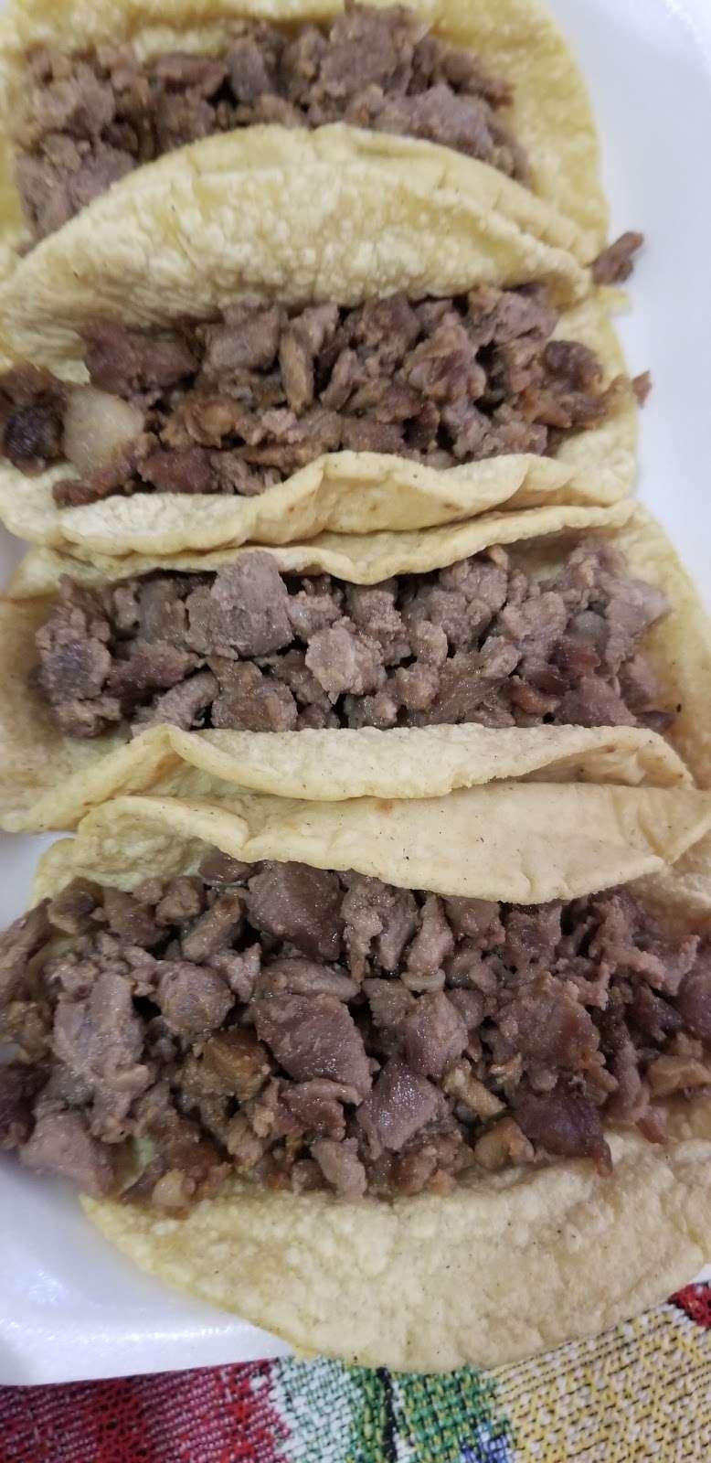Carnitas Don Cuco - restaurant  | Photo 6 of 10 | Address: 10981 Glenoaks Blvd, Pacoima, CA 91331, USA | Phone: (747) 225-0825