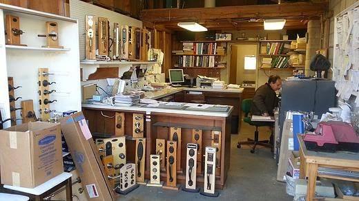 Alum Rock Hardware, Windows & Doors - hardware store  | Photo 1 of 1 | Address: 2243 Alum Rock Ave, San Jose, CA 95116, USA | Phone: (408) 258-6084
