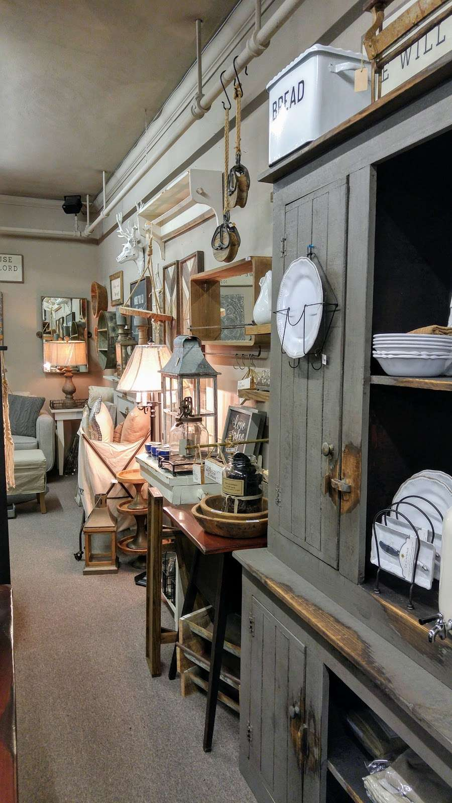 Cocalico Creek Country Store - home goods store  | Photo 8 of 10 | Address: 1037 N Reading Rd, Stevens, PA 17578, USA | Phone: (717) 336-5522