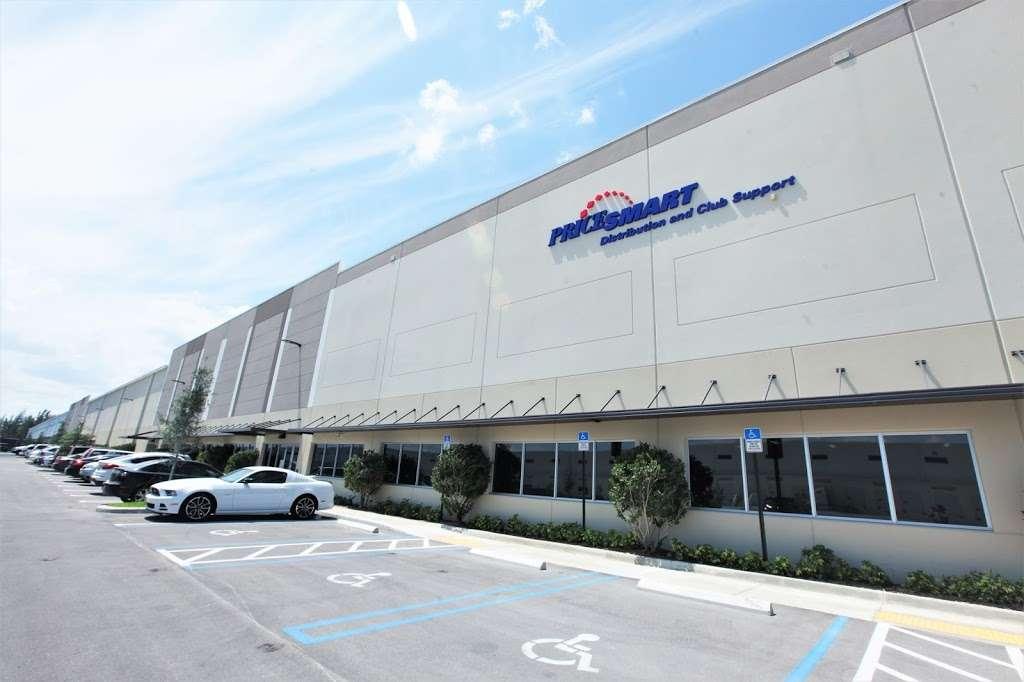 PriceSmart, Inc. - storage  | Photo 1 of 10 | Address: 11441 NW 107th St, Miami, FL 33178, USA | Phone: (305) 805-3663