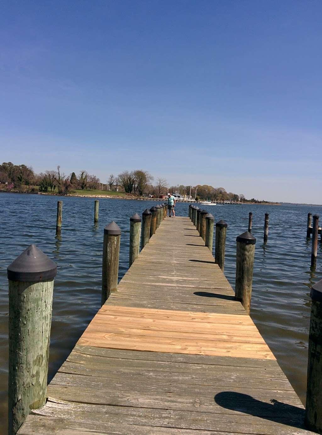 Back Creek Inn - lodging  | Photo 10 of 10 | Address: 210 Alexander St, Solomons, MD 20688, USA | Phone: (410) 326-2022