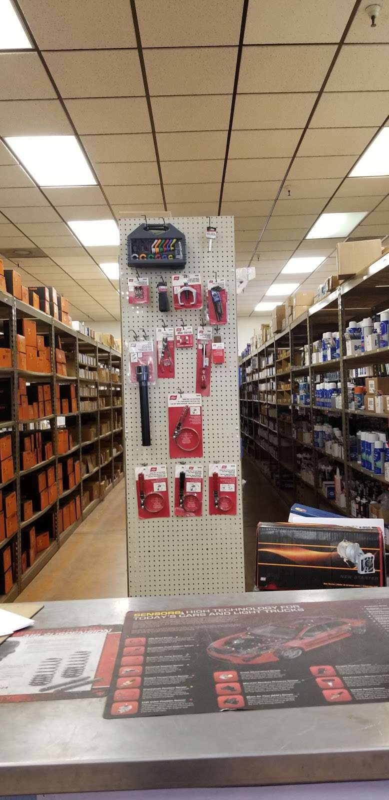 Parts Authority - car repair  | Photo 2 of 10 | Address: 1104 W Guadalupe Rd, Mesa, AZ 85210, USA | Phone: (480) 820-5969